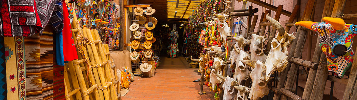 Outdoor shops in Santa Fe, New Mexico