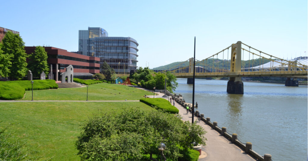 The Three Rivers Heritage Trail in Pittsburgh, Pennsylvania, with two yellow bridges.